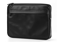 Digifocus SOHO Pop Style Sleeve schwarz fr MacBook Pro 33cm/13', genopptes PVC-Sleeve, Microfaser Innen futter zum Schutz des MacBook vor Staub und Fingerabdrcken, ansprechendes Design, leicht zu reinigen
