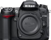 Nikon D7000 Body  16.2 Megapixel, CMOS-Bildsensor (DX), 7.5cm Display, AV-/HDMI-Anschluss, SD/SDHC/SDXC, EXPEED 2, ISO25600, D-Movie Full HD, D-Lighting, LiveView, Pentaprismasucher, 39 Messfelder, 19 Motivprogramme, Programmautomatik