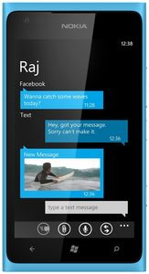 Nokia Lumia 900 WP7 cyan (Art.-Nr. 90459168) - Bild #2